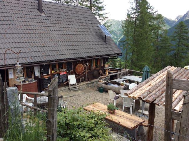 Rifugio la Reggia - Campo (Vallemaggia) - Hut