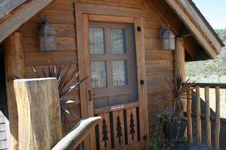 Exquisite Log Cabin Guest House - Lompoc - Chatka
