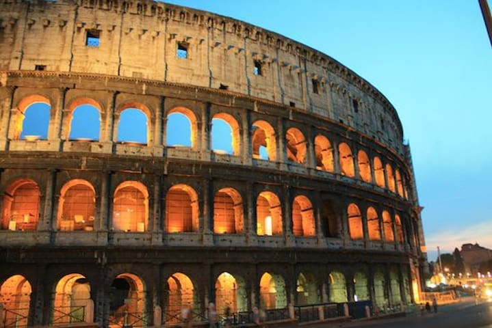 Centro di Roma con bagno privato\aria condizionata