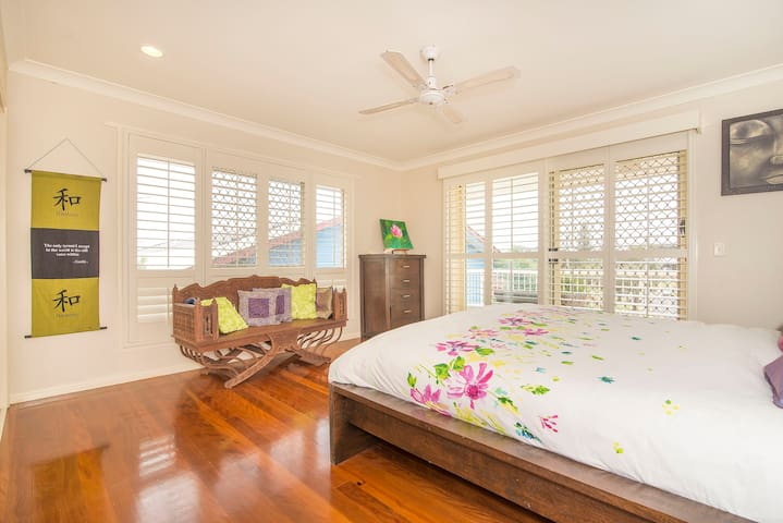 Beachside affordable luxury break - Pottsville - Hus