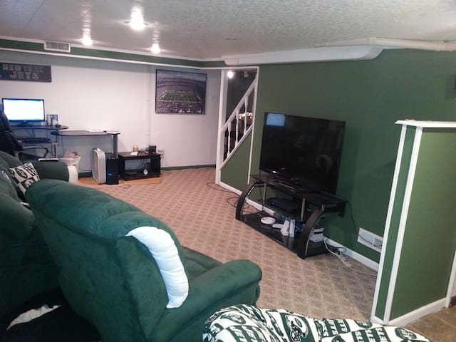 Super Bowl House Rental 10 min away - Nutley - Talo