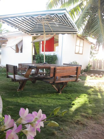 Ia orana in My Little Fare, Papeete - Pape'ete - Bungalo
