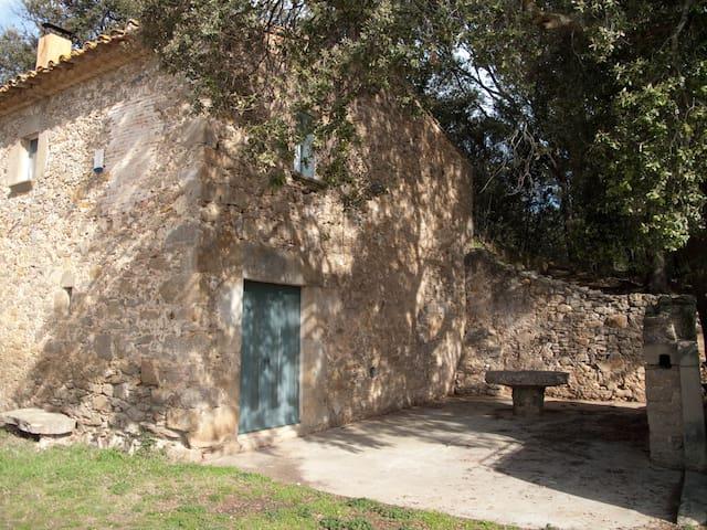 Molí de la Vall - Verges - Dom