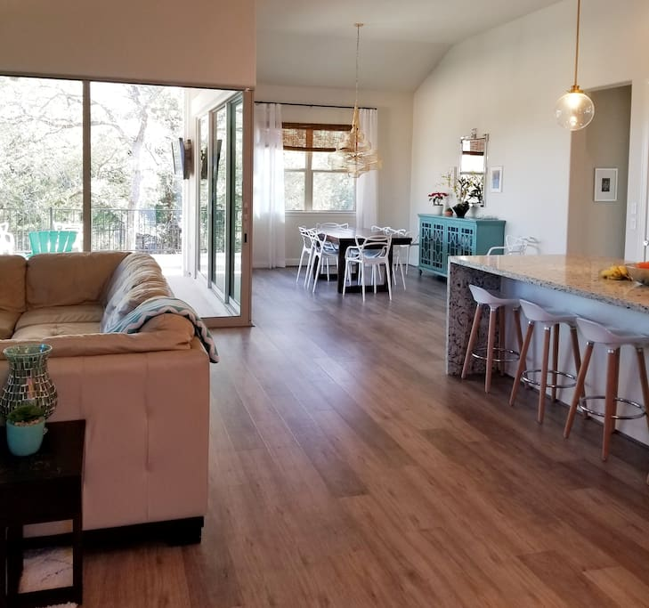 Large open concept living/dining/kitchen great for groups