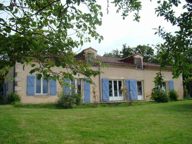 Maison pour vacances à la campagne