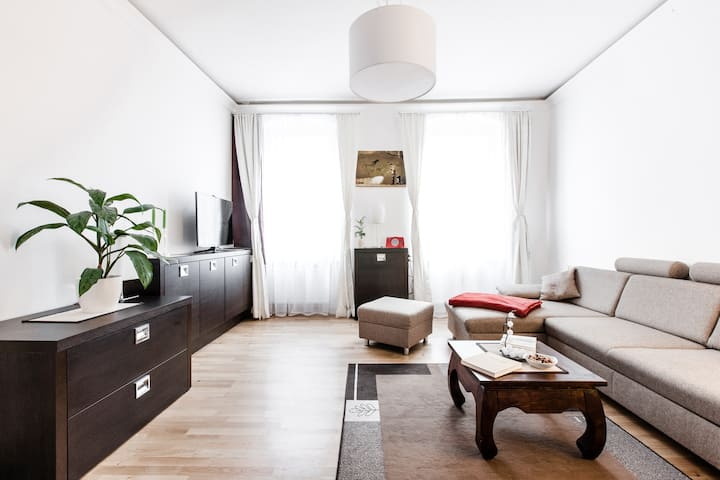 40,5m² Apartment close by Richard Sqare Neukölln