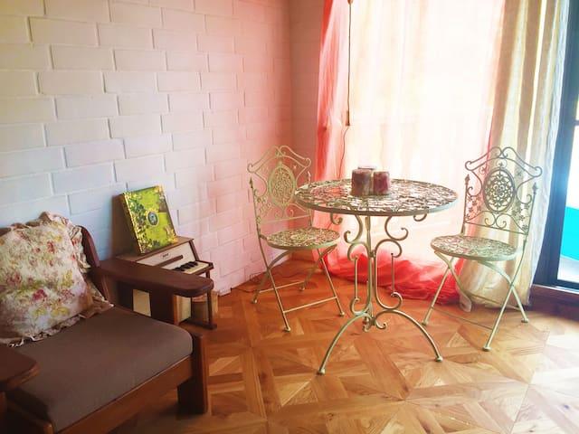 Upto 12 pp !   Resort  cottage  in Onna *