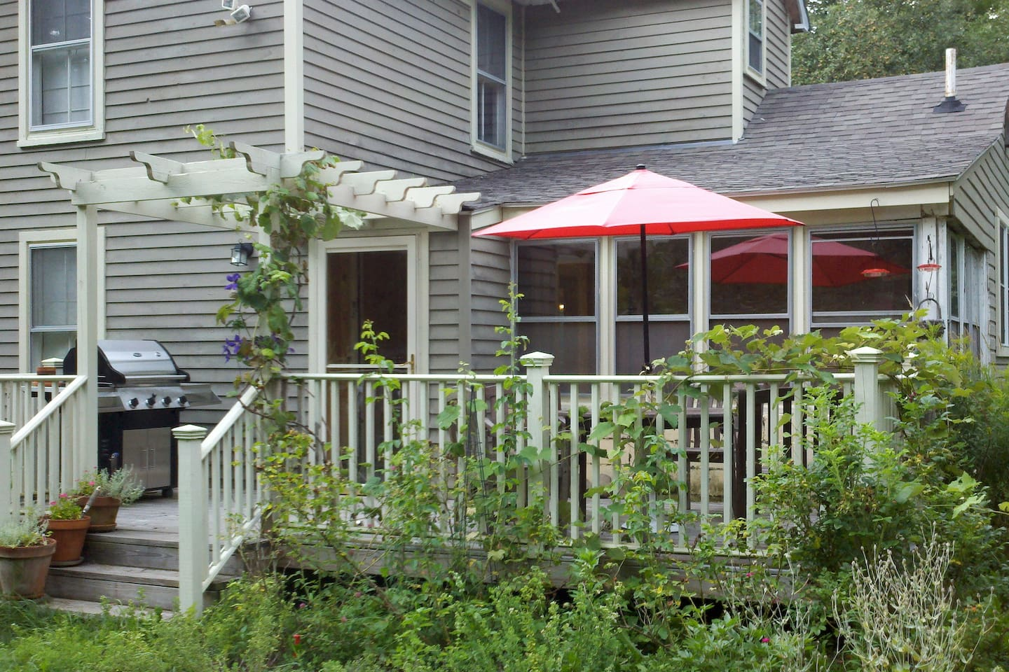 BBQ and dine under the grape arbor. Gas grill with a full tank of propane.