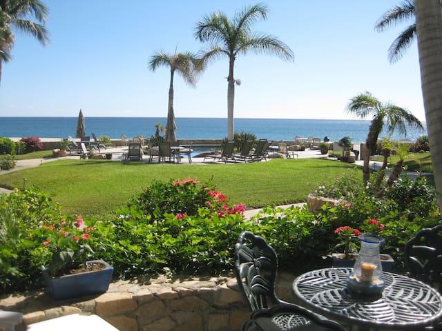Miravista Beachfront Condo - San José del Cabo - Apartemen