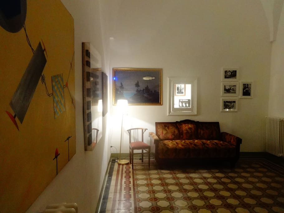 la suite salone trasformabile in grande camera letto al II piano