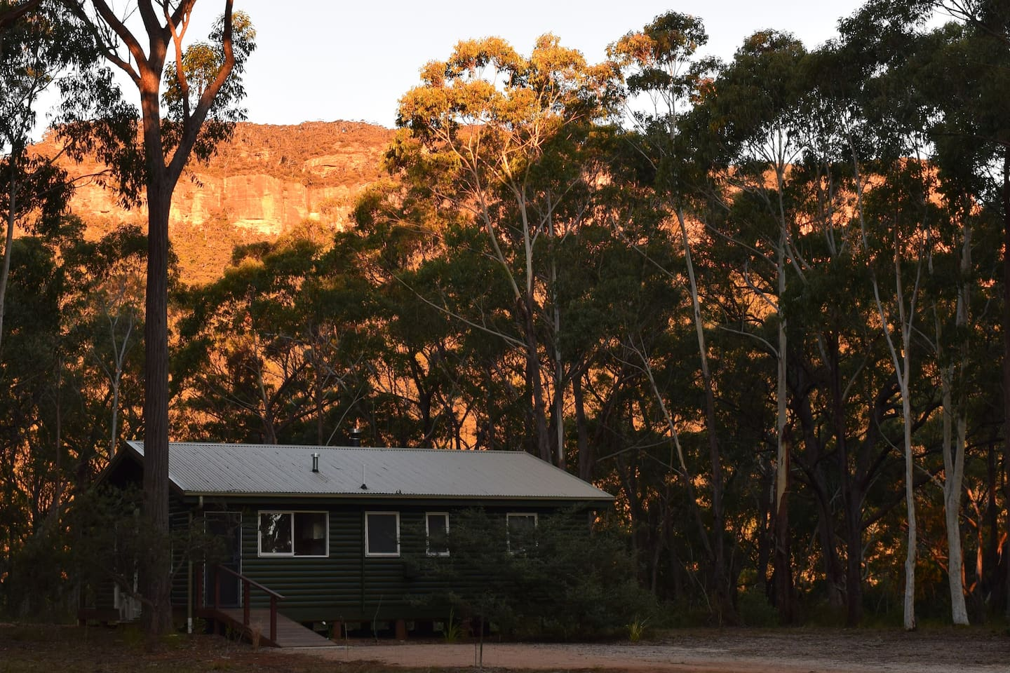 Billy Russell Cottage and Escarpment at Sunset