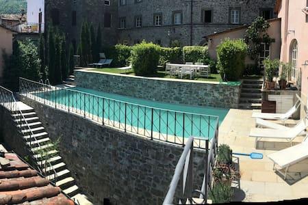 Luxury Villa Pescaglia,TUSCANY 20min from Lucca