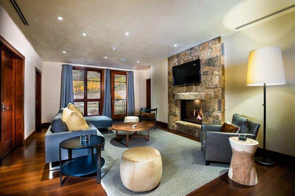 2 bedroom den solaris vail condominiums for rent in for 2 bedroom with den