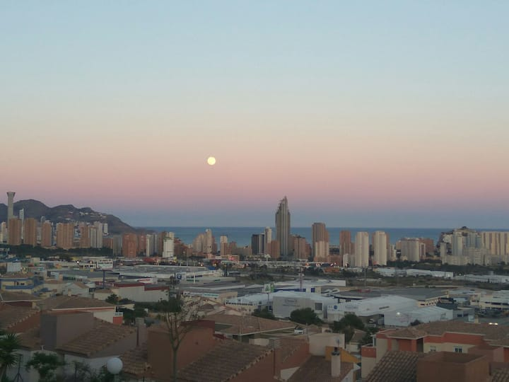 Relax & enjoy Benidorm