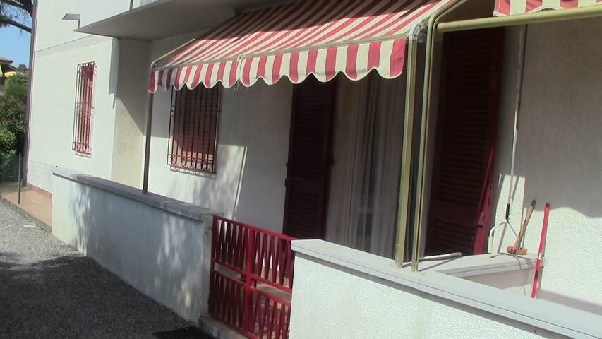 Casa al mare sulla costa Toscana - Mazzanta - Appartement