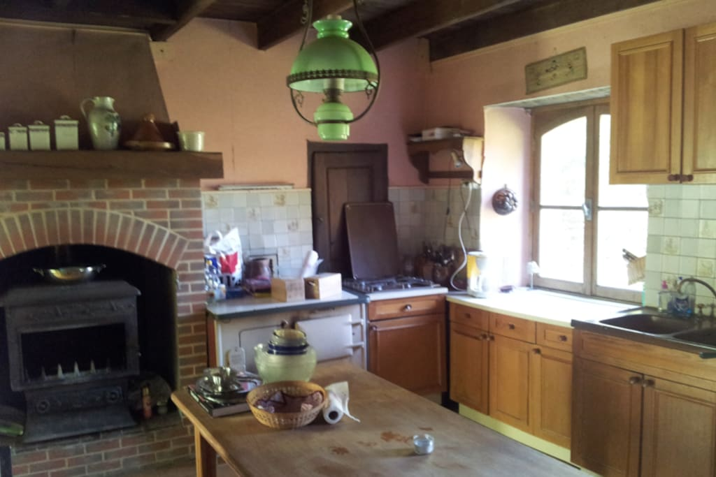 Cuisine - Fully equipped kitchen - traditional rustic style