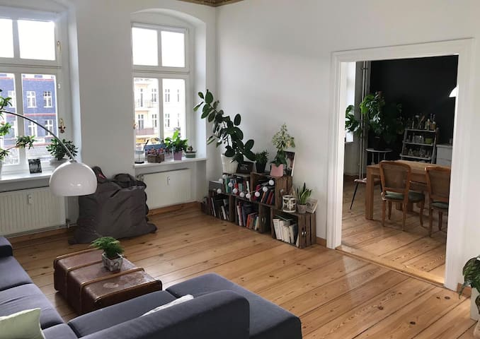 Overview between both beautiful rooms to accommodate you, pass from living | sleeping room to kitchen. With curtain to close space (not visible here)