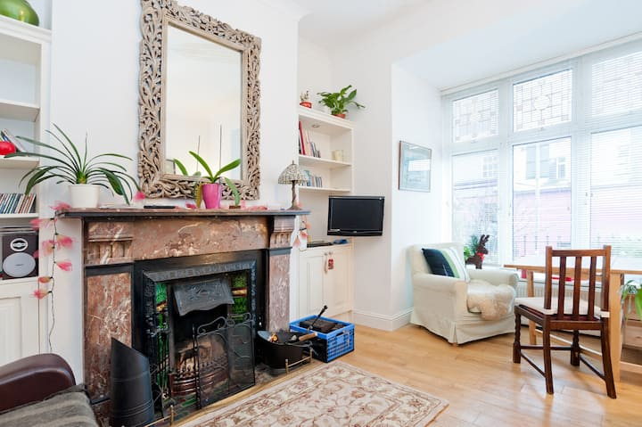 2 single cosy rooms in Ranelagh