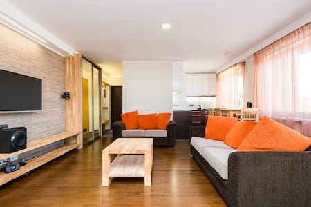 Super location studio apartment in city centre