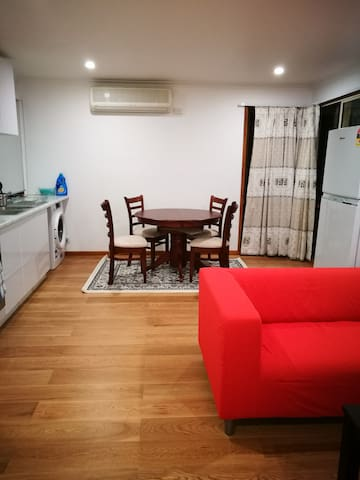 墨尔本东区独立公寓in Wantirna South. - Wantirna South - Apartment