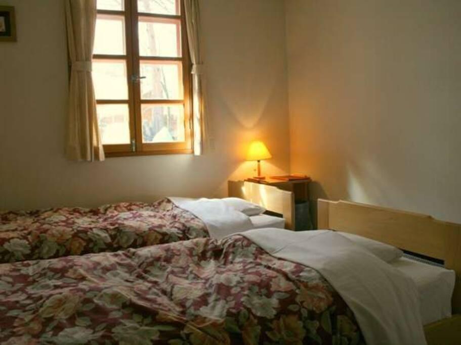 room(twin)