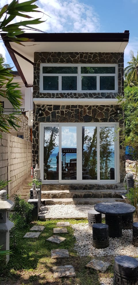 The Little House by the Beach at Lobo, Batangas