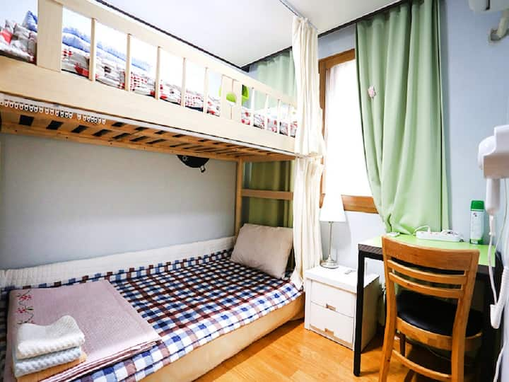 Apple Tree Guesthouse (Bunkbed)