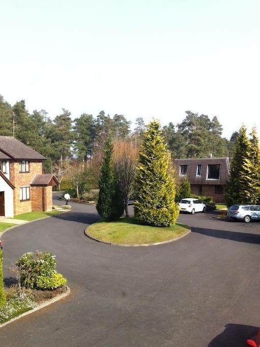 View from lounge window,quiet cul de sac  Plenty parking  2 min walk to hotel