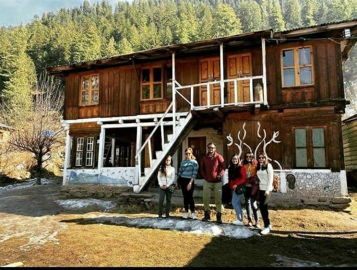 Shiva Boom Guest House/ Shiva Bakery