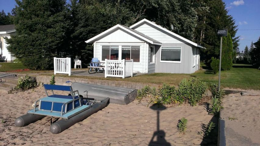 Charming Lakefront Cabin - Lake City