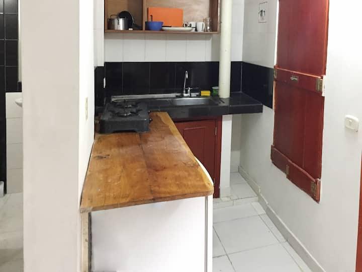 A6A3-Habitacion priv. cocina centro aire wifi