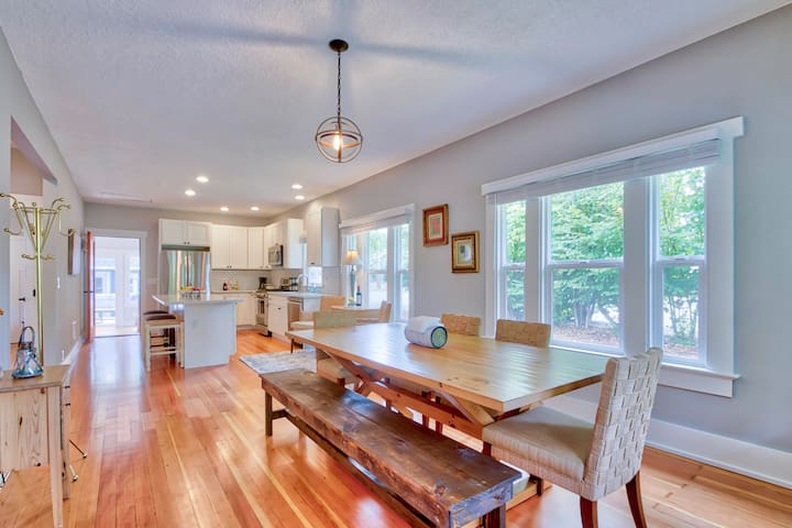 As you enter the front door you will be greeted by the open concept dinning room kitchen combination with original hardwood floors.