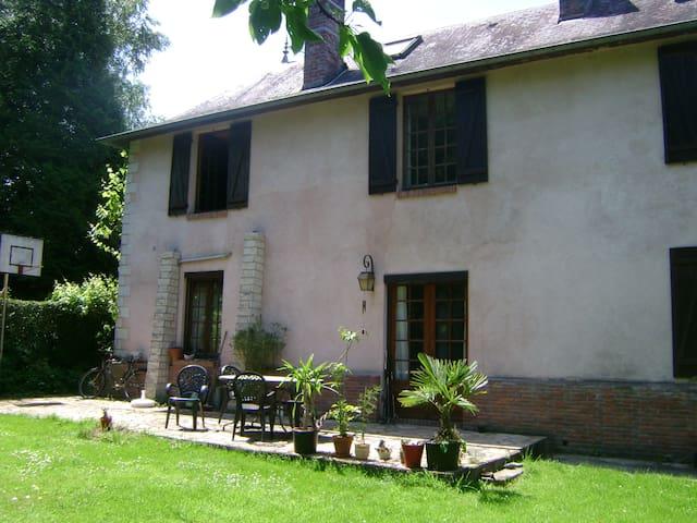 un séjour à la campagne - Condé-sur-Risle - 一軒家