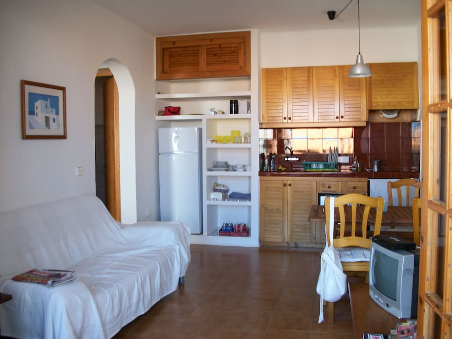 Apartamento fornells menorca apartments for rent in - Apartamentos california menorca ...