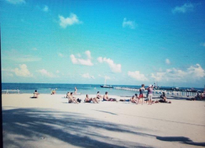 Nearest beach, one block away