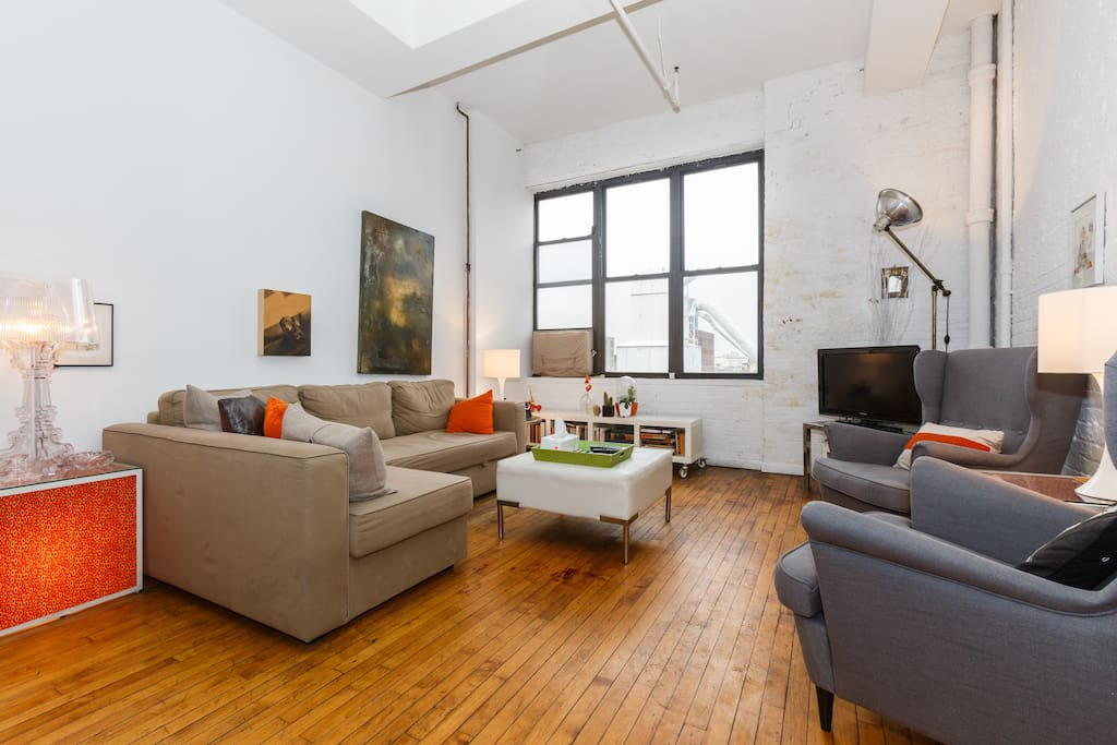 Prime williamsburg loft off bedford loft in affitto a for Loft in affitto new york
