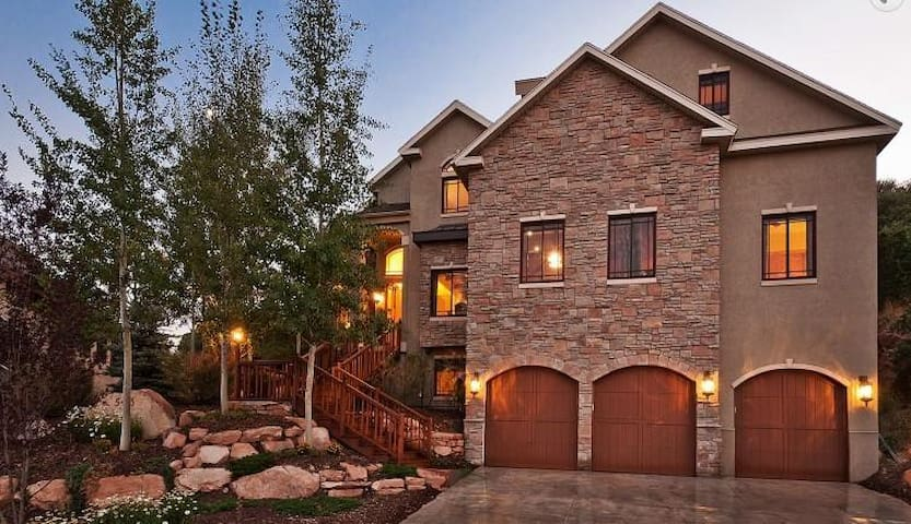 Park City Home Sleeps up 20 - Park City - Casa