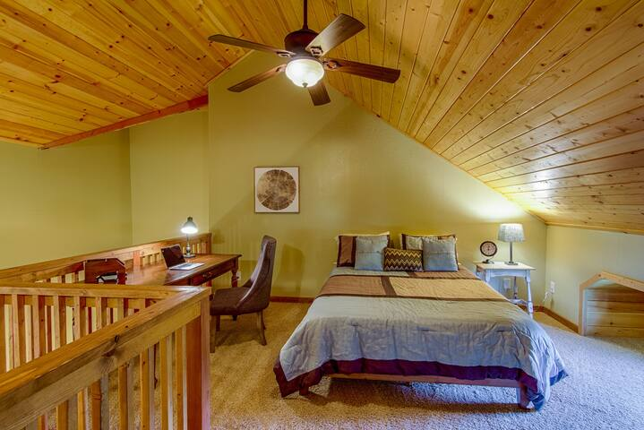 Loft bedroom/office