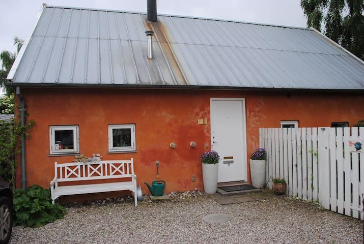 Unique Mediterranean-style cottage - Hellerup - Hus
