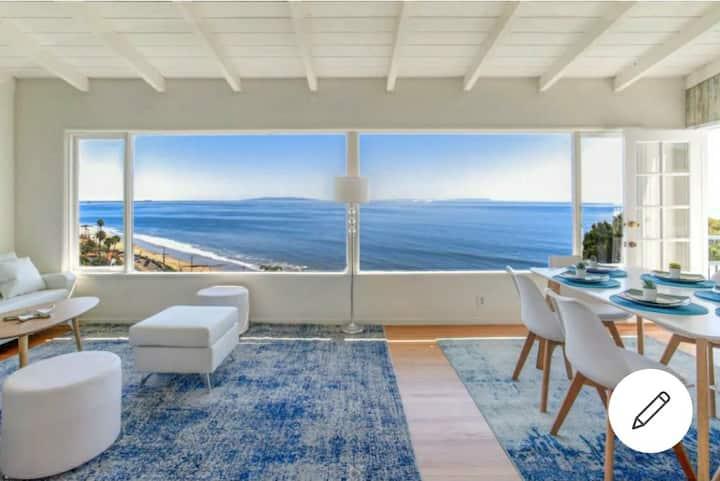 PREMIER Panoramic Ocean View for 10/ walk to beach
