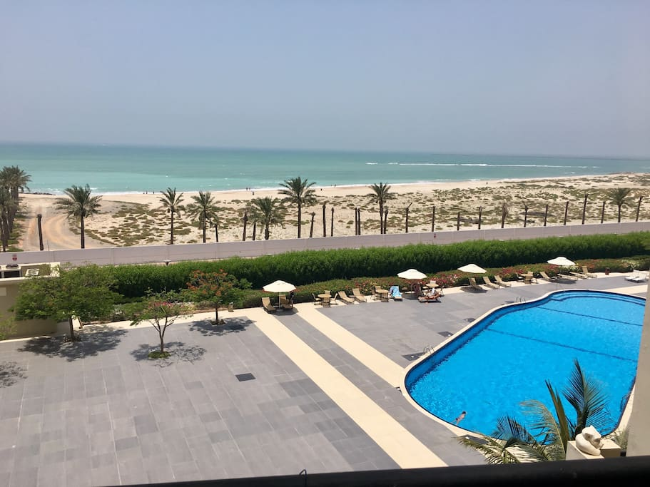 Private access to the pool and the open beach