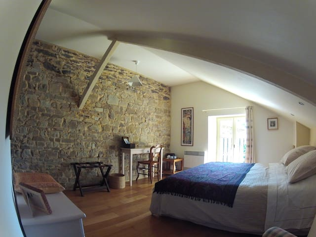 llac B&B - sweet and charming... - Pléchâtel - Bed & Breakfast