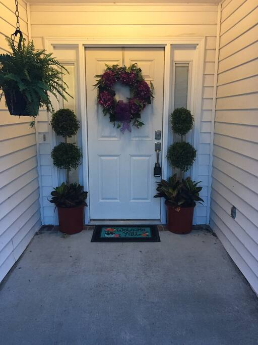 Entryway always decorated to match the time of year!