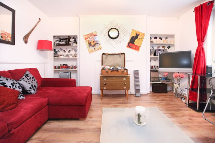 Central London Nottinghill flat  2min to station