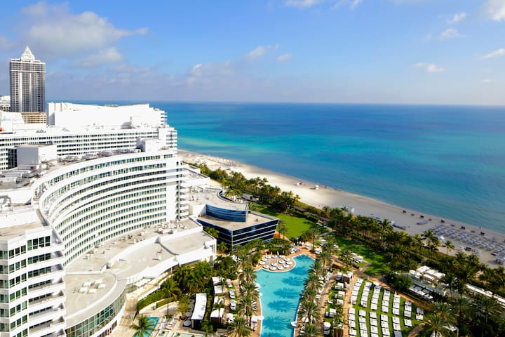 Fontainebleau Oceanview Apartment