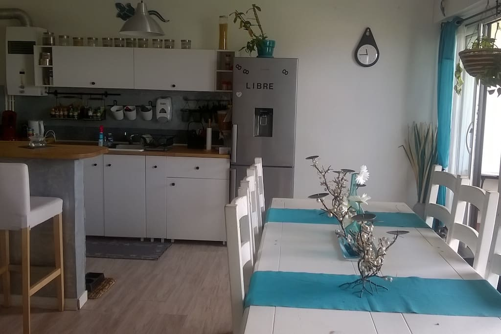 Agr able appartement famillial pour visit nantes for Location garage saint herblain