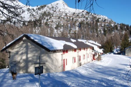 a piece of paradise in the alps - Pigna - Wikt i opierunek