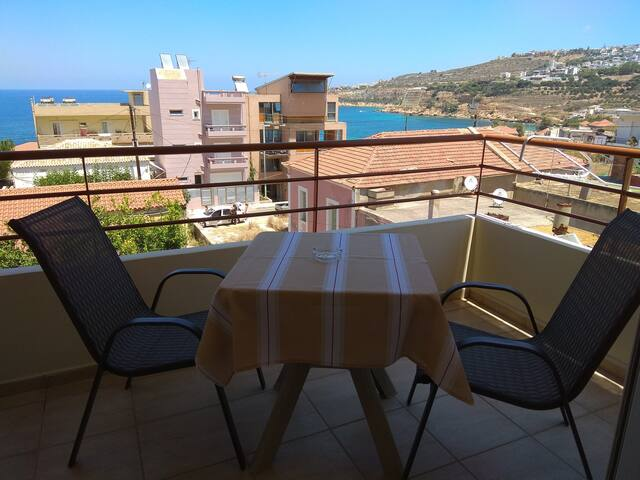 Apartment In Chania Town with sea view