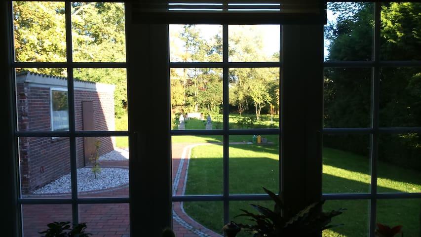 Ferienhaus mit großem Garten - Bockhorn - Casa
