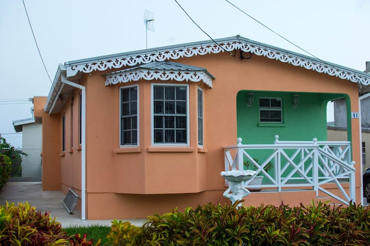 Hopeville Apartments Barbados - Luxury for Less